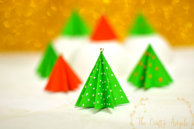 Paper Christmas Tree.Easy 3d Origami Christmas Tree Making Tutorial For Kids