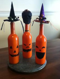 Jacqui's Unique Designs ~ Halloween bottles