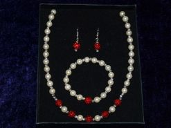 7. CoCo Creations Faux pearl necklace & bracelet set