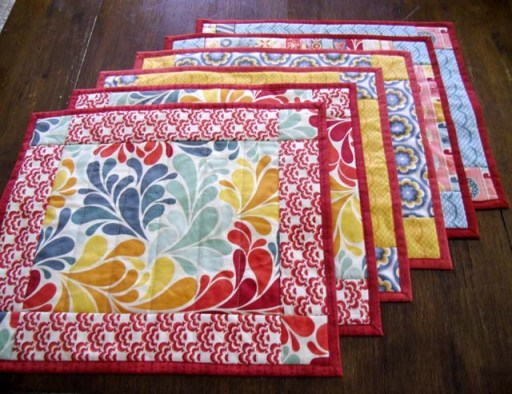 Placemat Tutorial @ The Crafty Quilter