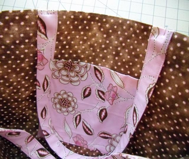 bag inside straps pinned