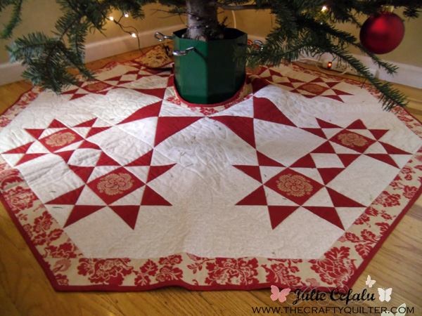 Christmas tree skirt made by Julie Cefalu @ The Crafty Quilter