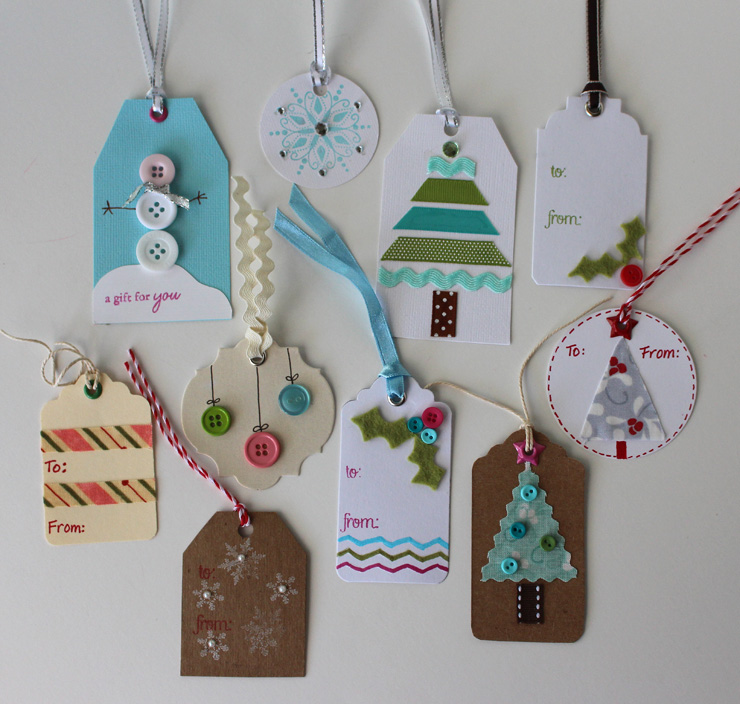 Handmade Holiday Gift tags @ The Crafty Quilter
