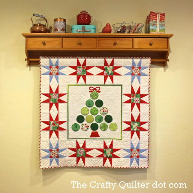 Christmas Tree Wall Hanging by Julie Cefalu @ the Crafty Quilter