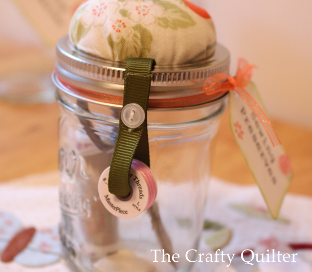 Mason Jar Sewing Kit @The Crafty Quilter