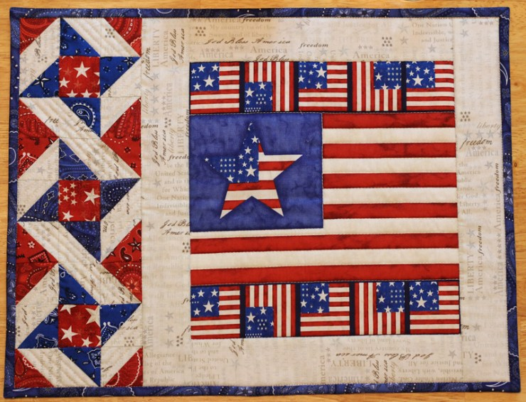 Patriotic placemat by Julie Cefalu @ The Crafty Quilter