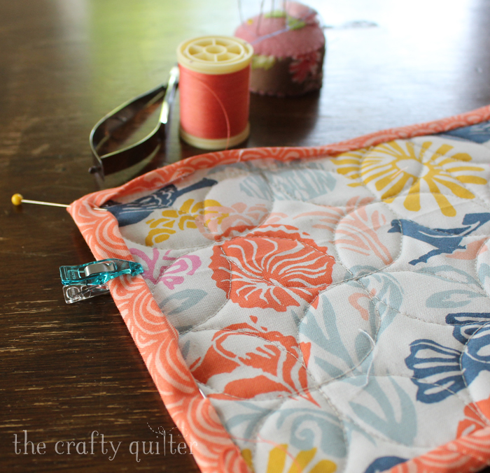 Check Out These Mug Rug Binding Tips From The Crafty Quilter That Will Make  Your Next