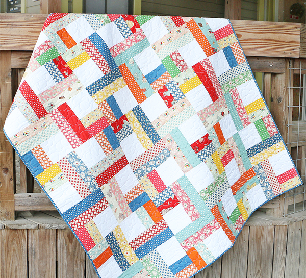 Jelly Roll Twist, a free pattern, from Fat Quarter Shop's Jolly Jabber Blog.  Featured on Sew Thankful Sunday @ The Crafty Quilter