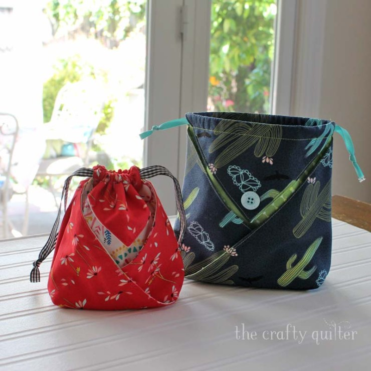 Julie at The Crafty Quilter shows you how to make a fabric origami pouch in this tutorial and there's a video that walks you through the steps.