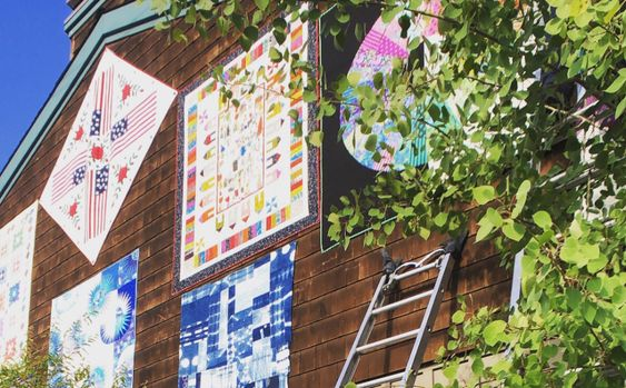 Check out the Sisters Outdoor Quilt Show online!