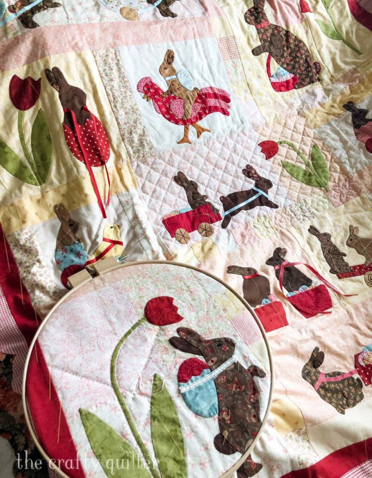 This hand stitching project is finally getting to be hand quilted.  Pattern is Rabbits Prefer Chocolate by Bunny Hill Designs.  Made by Julie Cefalu @ The Crafty Quilter.