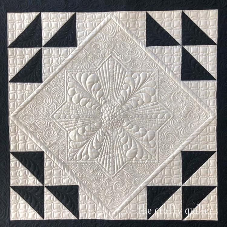 Free motion quilting by Julie Cefalu @ The Crafty Quilter