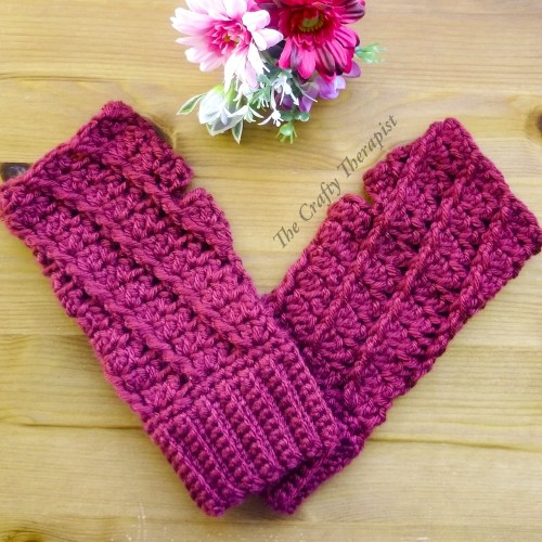 Spiral Mitts crochet pattern by The Crafty Therapist Janferie MacKintosh
