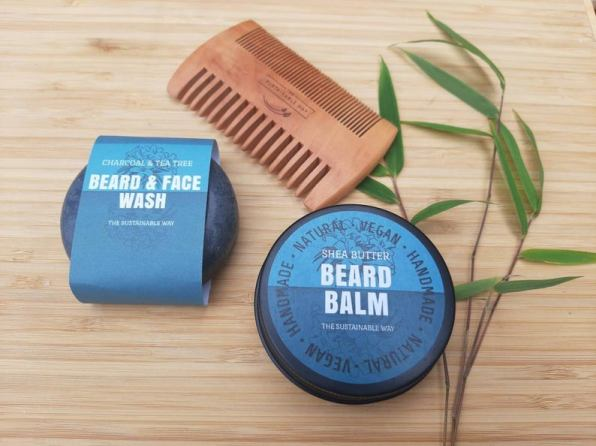 Natural beard care set with wooden comb - eco friendly gift