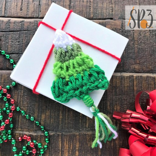 free crochet pattern Tree Garland Christmas decoration