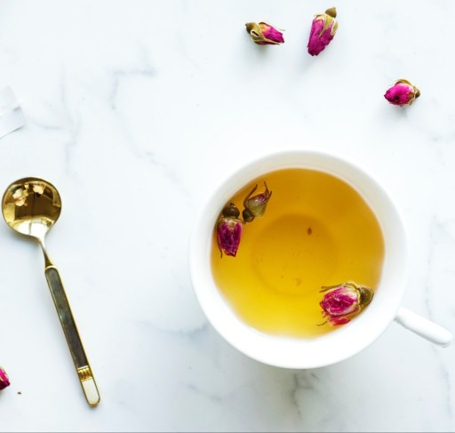 roses in tea rose tea