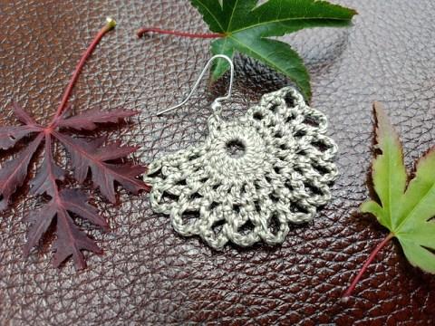 Fan shaped earring crochet gift idea