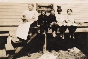 GmaCampbell_Tip_Bill_Helen_Marion_1917_Haley
