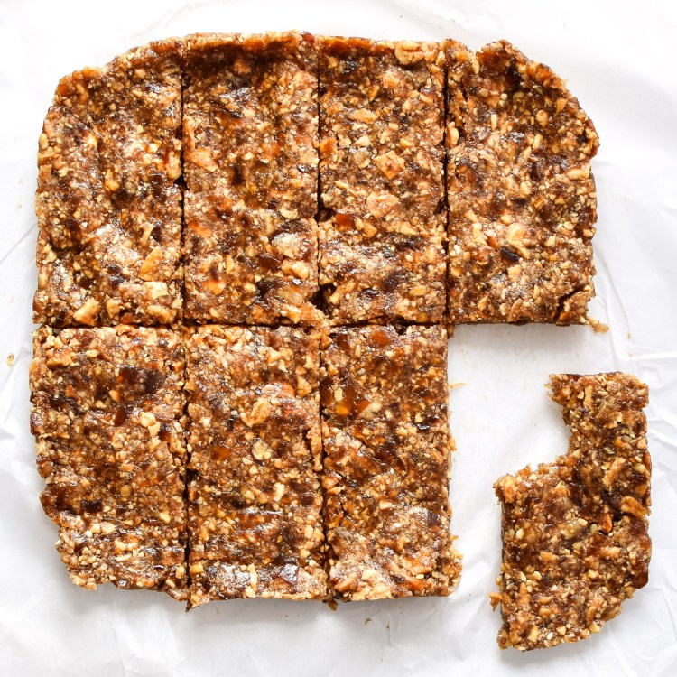 Healthy Snack: No-Bake-Cinnamon-Apple-Date-Bars - Project Meal Plan