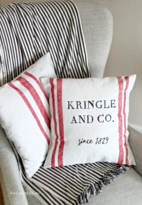 DIY Christmas Pillows - Easy Canvas Pillows made from ...
