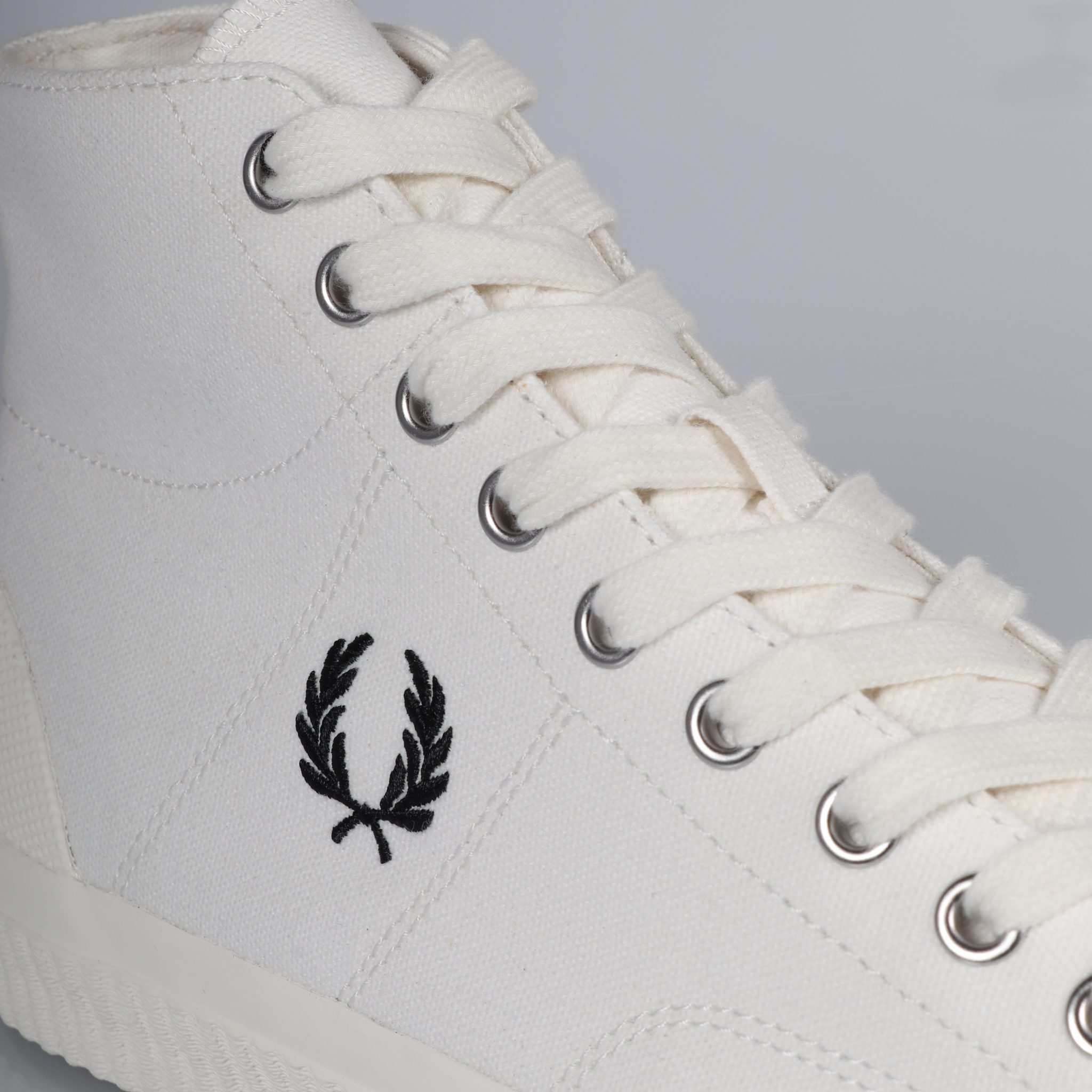 Fred Perry Hughes Mid Canvas - Light Ecru/Black 1