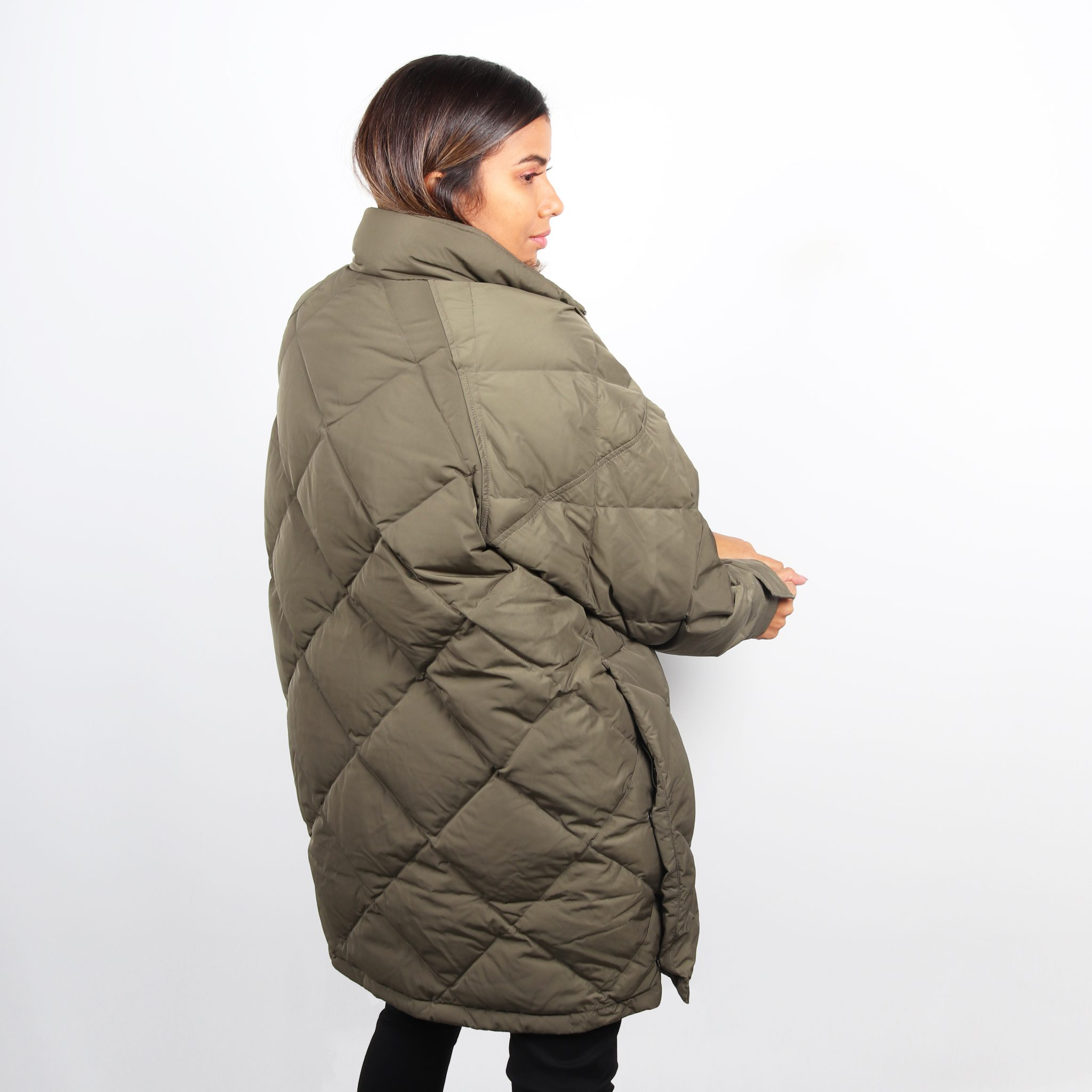 Levis Womens Diamond Quilted Puffer Jacket - Olive Night 1