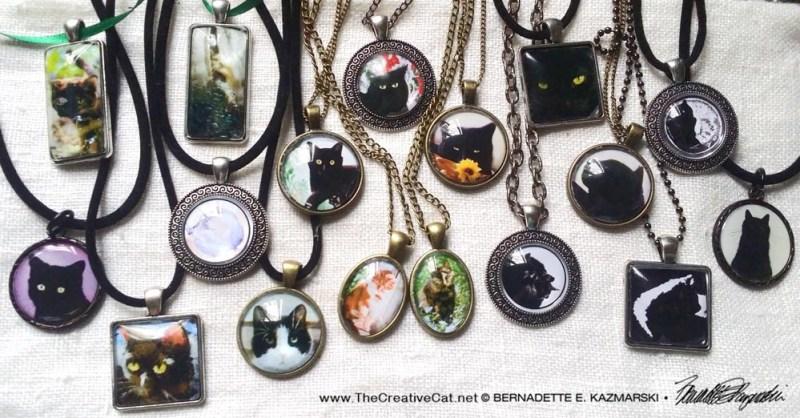 Cat cabochon pendant necklaces