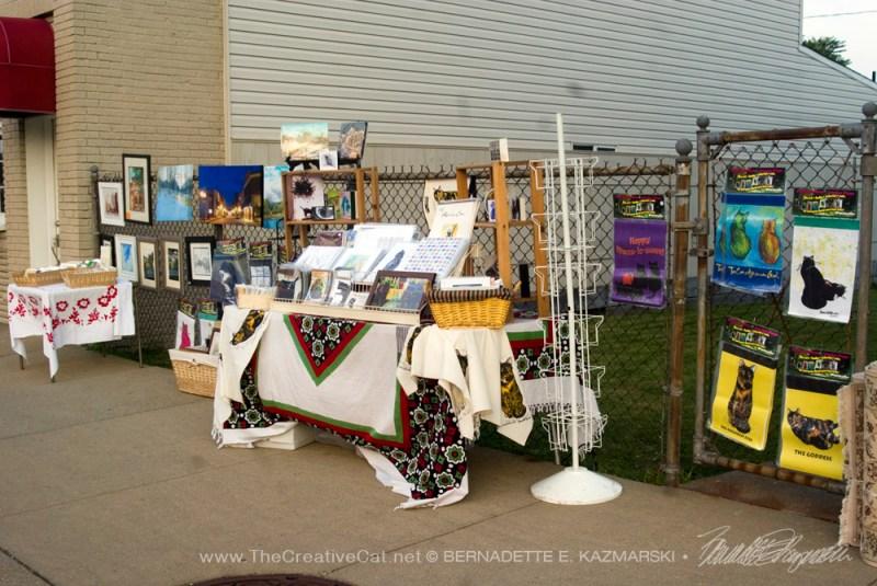 art and merchandise display