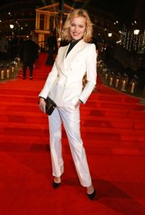 eva-herzigova-british-fashion-awards-2016