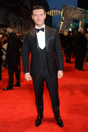 Mandatory Credit: Photo by Richard Young/REX/Shutterstock (8343326z) Luke Evans EE BAFTA British Academy Film Awards, Arrivals, Royal Albert Hall, London, UK - 12 Feb 2017