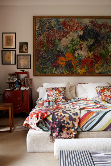 Sophisticated_Mixed_Pattern_Bedroom