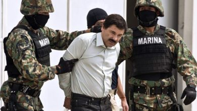 El Chapo-being escorted by marines in 2014-AFP Getty Images