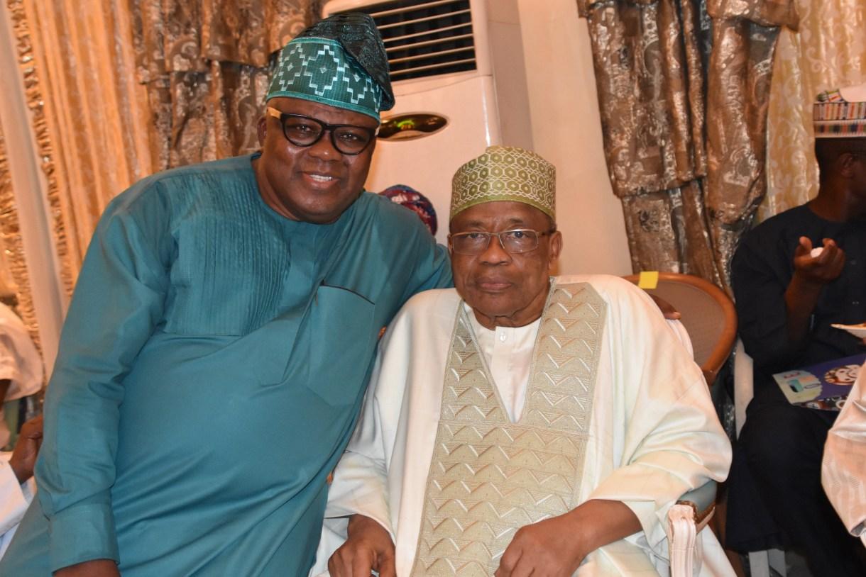 Shola Oshunkeye and President Ibrahim Babangida(Photo-The Crest)