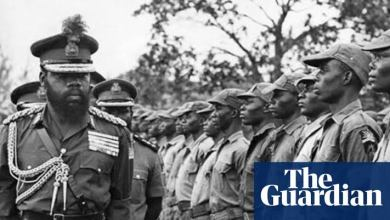 Lt. Col. Chukwuemeka Odumegwu-Ojukwu inspecting troops during the civil war (Photo -The Guardian)