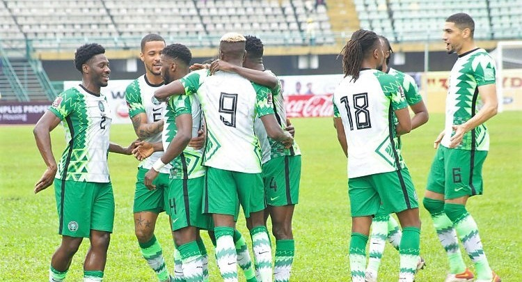 Super Eagles celebrate during the encounter with Liberia