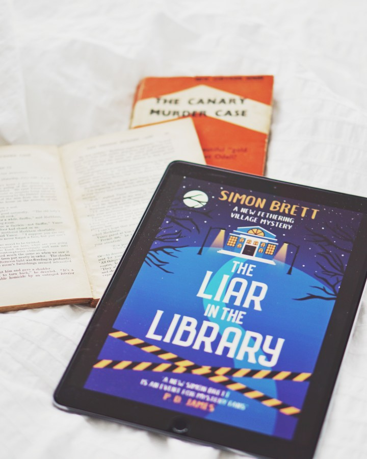 REVIEW: The Liar in the Library by Simon Brett (Fethering Mysteries #18)