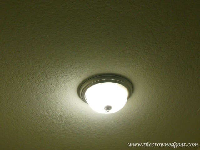 041614-4 Laundry Room Lighting: From Lampshade to Pendant Light Decorating