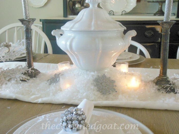 120514-4 Holiday Blog Series: Winter Wonderland Tablescape Christmas Decorating Holidays