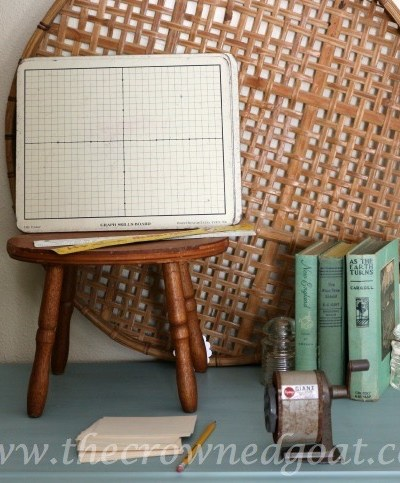 A Few Finds and a Duck Egg Nightstand Makeover