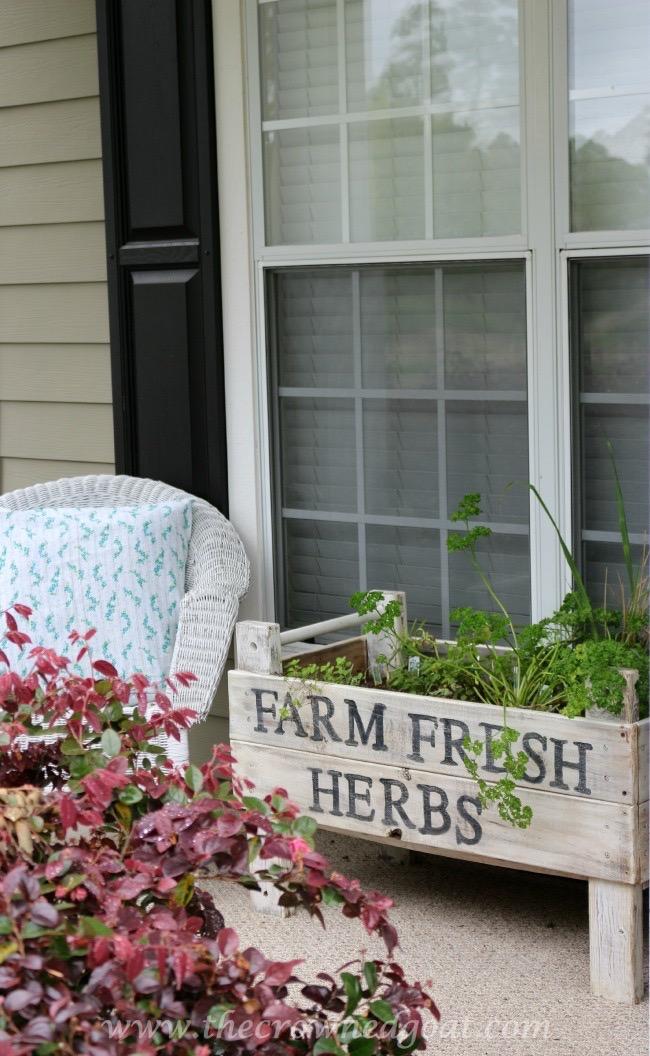 032615-8 Spring Inspired Porch Decorating Spring