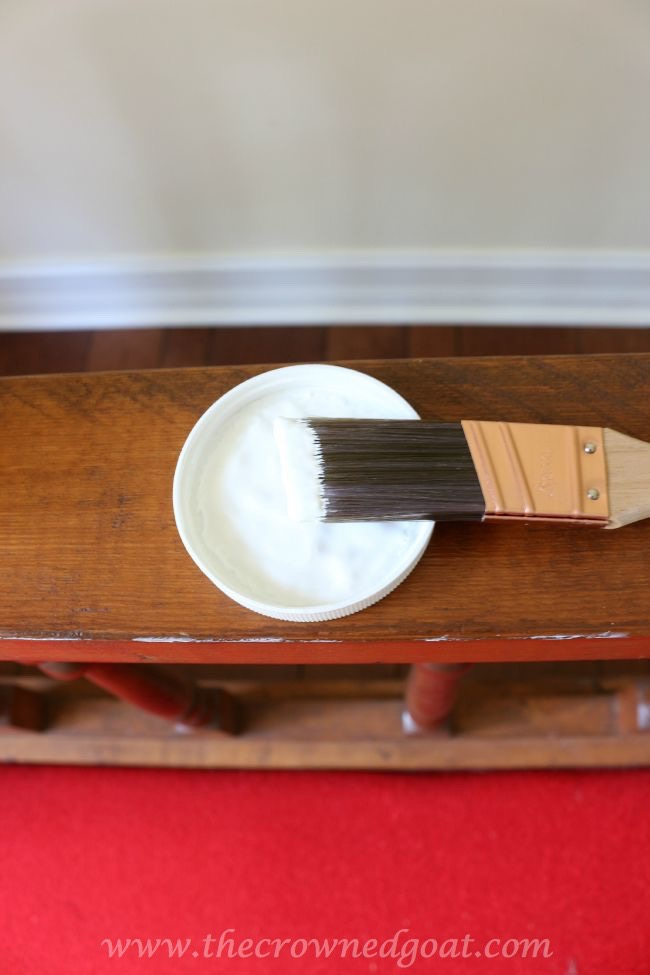 082615-4 Americana DECOR Chalky Finish Painted Bench in Everlasting DIY Painted Furniture