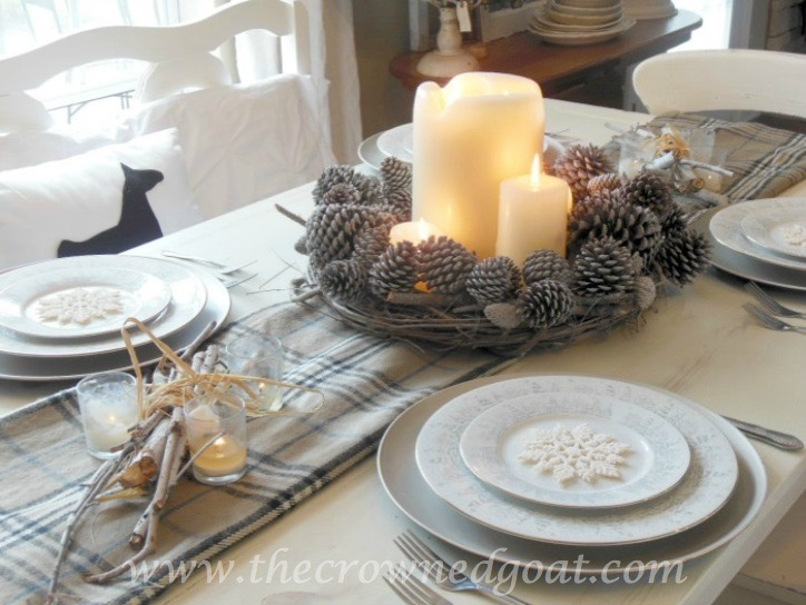 121515-11 Last Minute Holiday Tablescape Ideas Christmas Decorating Holidays