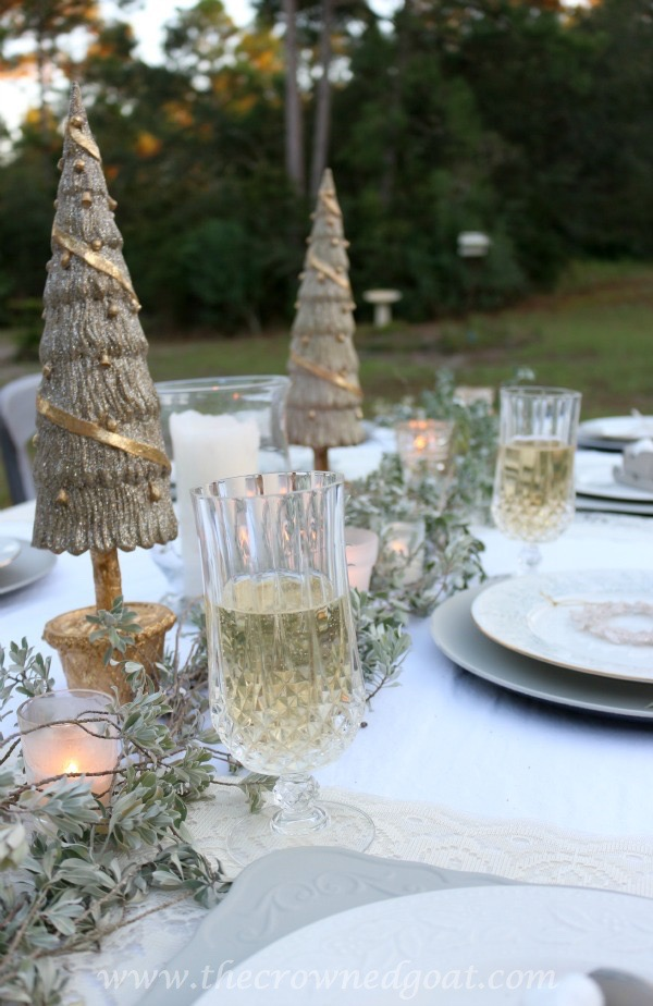 121515-8 Last Minute Holiday Tablescape Ideas Christmas Decorating Holidays