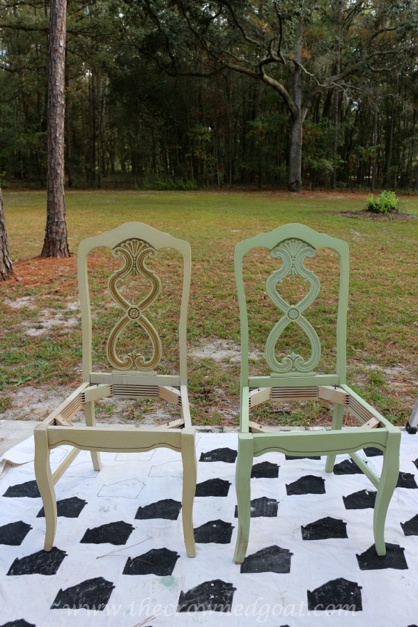 011516-4 Lucketts Green Milk Painted Chairs Decorating Loblolly_Manor Painted Furniture