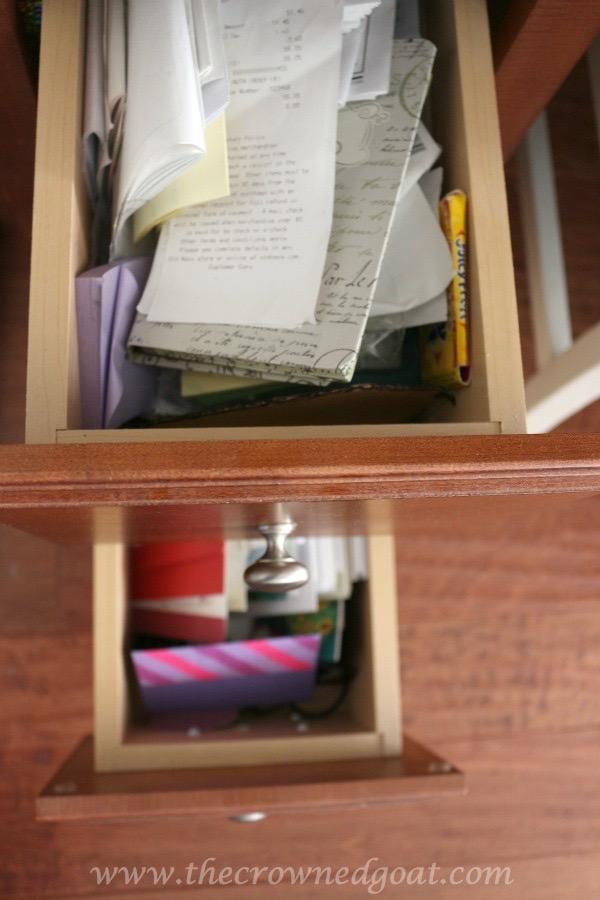 020216-5 How to Organize a Kitchen Desk Organization