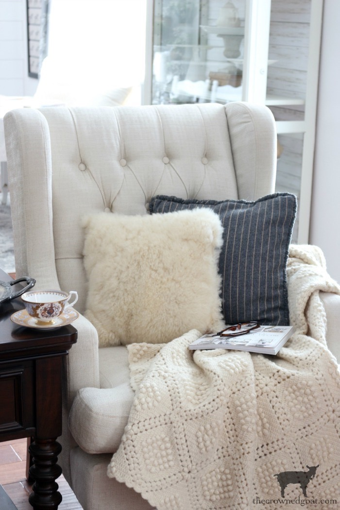 Winter-Nesting-Cozy-Home-Tour-The-Crowned-Goat-6 Cozy Winter Nesting Ideas Decorating