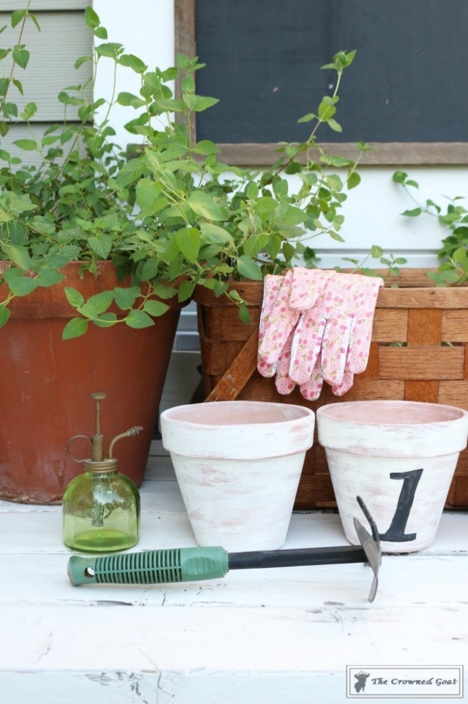 White Washing Terra Cotta Pots with Chalk Paint-14