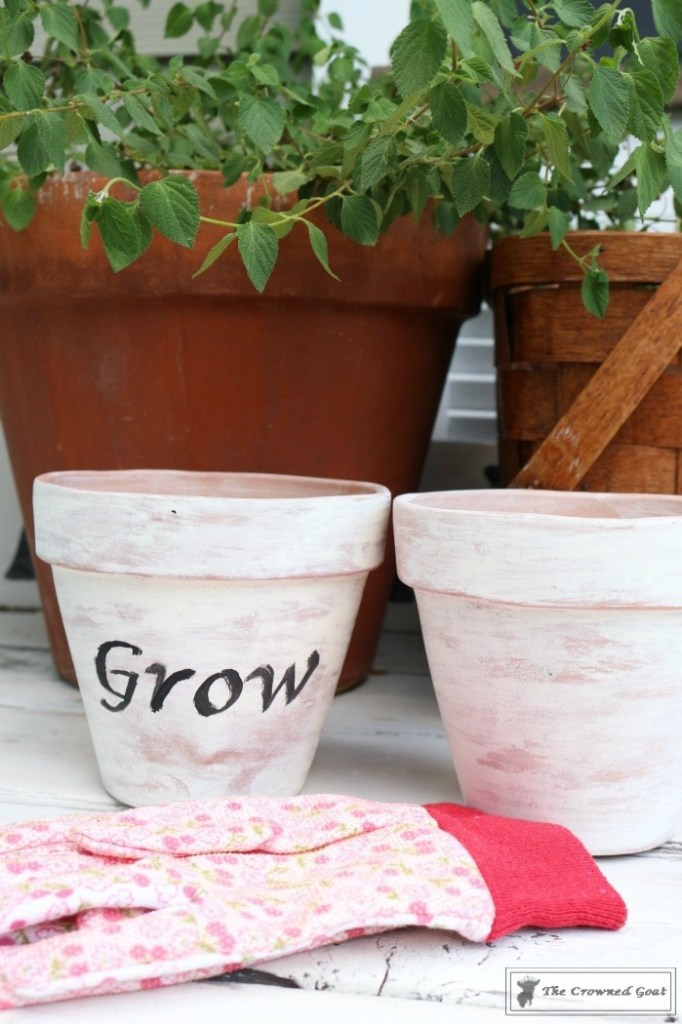 White Washing Terra Cotta Pots with Chalk Paint-16