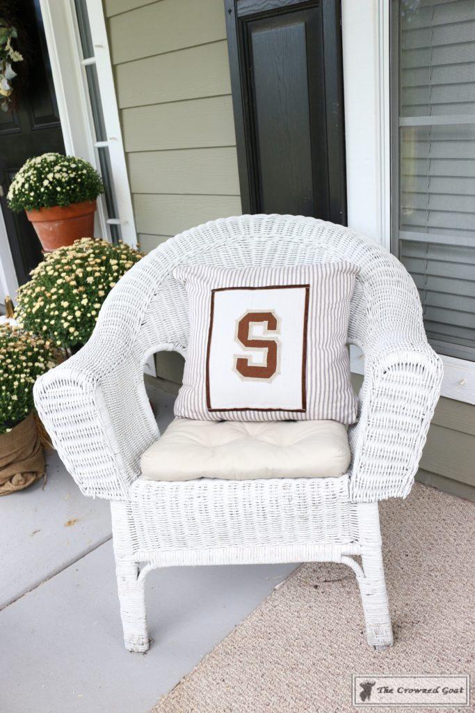 No-Sew-Varsity-Letter-Pillow-12-683x1024 No Sew Varsity Letter Pillow DIY