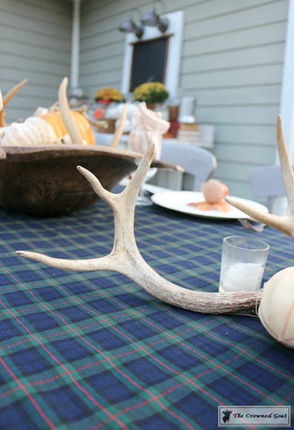 Outdoor-Fall-Tablescape-2 Outdoor Fall Tablescape Decorating DIY Fall Holidays